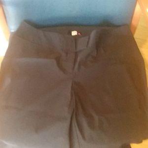 Black slacks 3x